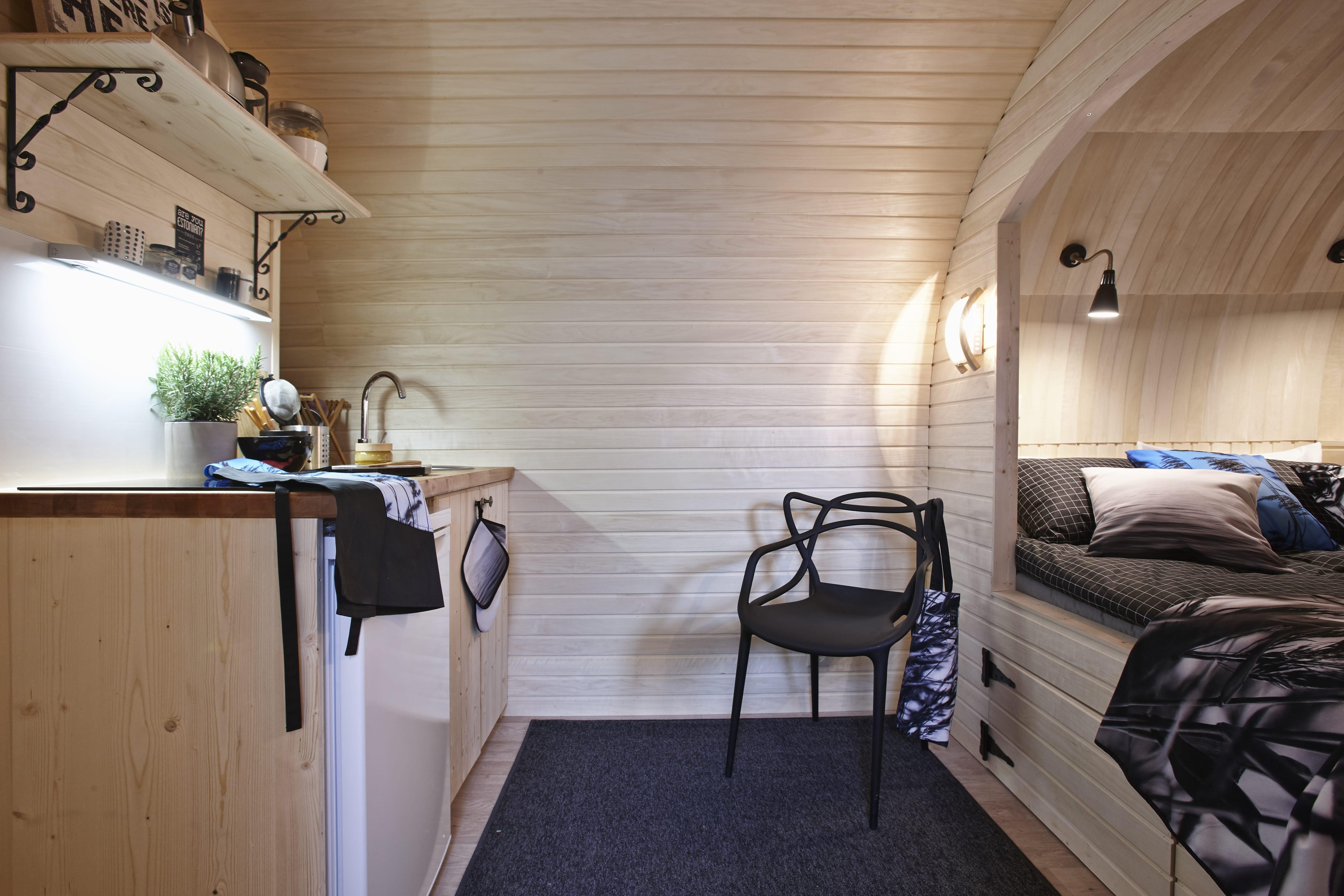 ein haus wie ein ma geschneiderter anzug geht das igluhut. Black Bedroom Furniture Sets. Home Design Ideas